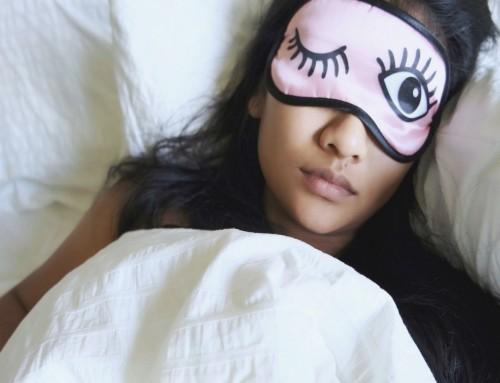 Λαγόφθαλμος: Γιατί μερικοί άνθρωποι κοιμούνται με ανοικτά μάτια;