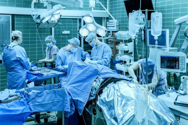 νευροχειρουργική