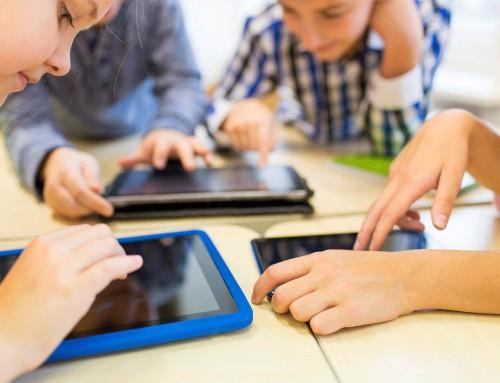 Παιδιά: Πόσο επηρεάζουν τα μάτια τους οι ψηφιακές οθόνες