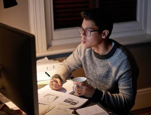 Πανελλήνιες: Χρήσιμες συμβουλές για την προστασία της όρασης