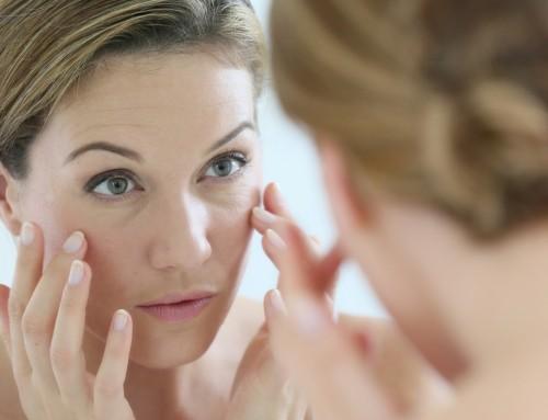 Εμμηνόπαυση: Αντιμετωπίστε τις επιπτώσεις της στο δέρμα